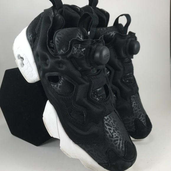 aba29b0c917 Reebok Classic Instapump Fury Pump Women Shoes 8. M 5b3ceabca31c3321532479f6